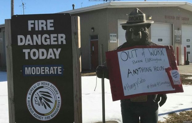 Sign posted outside of the Bureau of Indian Affairs Wildland Fire Management offices on the Rosebud Reservation, S.D., protesting government shutdown. Courtesy Lynne Columbe