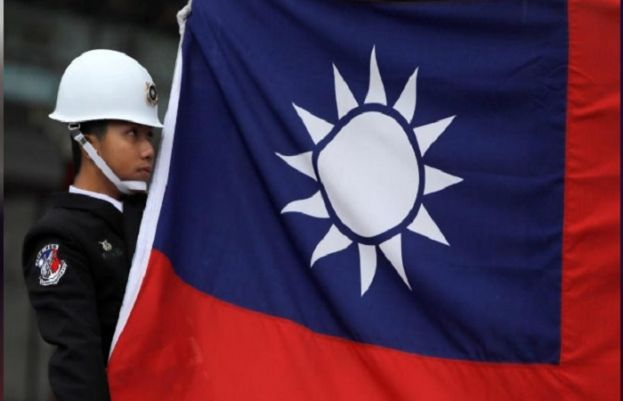 China says will freeze out US companies that sell arms to Taiwan