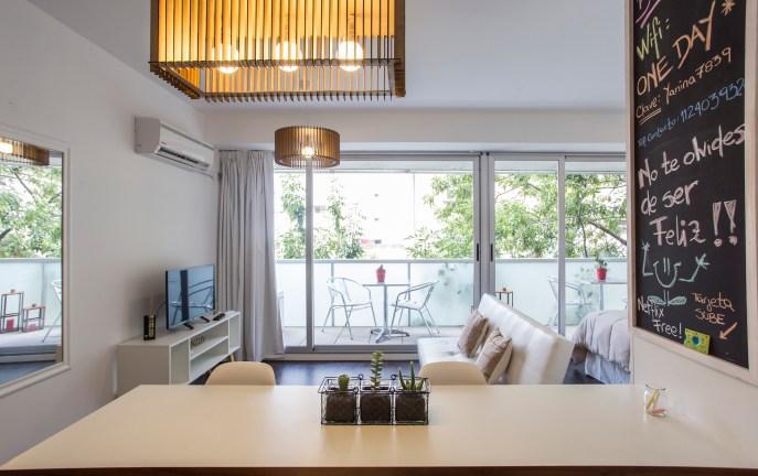 Apartamento Amoblado deluxe desayunador ventana
