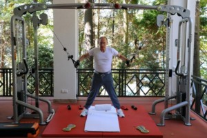 Russias President Vladimir Putin works out at a gym at the Bocharov Ruchei state residence in Sochi on August 30, 2015. AFP PHOTO / RIA NOVOSTI / MIKHAIL KLIMENTYEV (Photo credit should read MIKHAIL KLIMENTYEV/AFP/Getty Images)