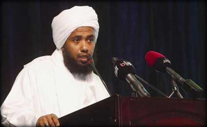 سؤال للشيخ عبدالحي يوسف:هل يجوز الاكل مع الاجانب في مائده واحده؟