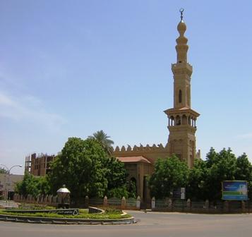 إمام الجامع الكبير يدعو للوحدة الإسلامية