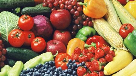 تناول الفاكهة أفضل من شربها كعصير