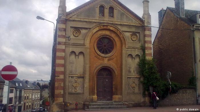 قس يعترف بسرقة كنيسة على مدى 26 سنة