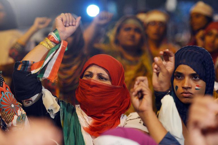 """احتجاجات نسائية باكستانية ضد اعتبار اصواتهن فى الانتخابات """"عورة"""""""