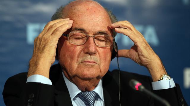 بلاتر يكشف حقيقة استقالته من رئاسة الفيفا