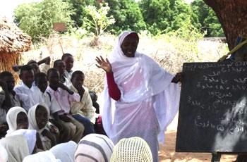 أعضاء بتشريعي الخرطوم:مدارس الولاية مثل الزرايب