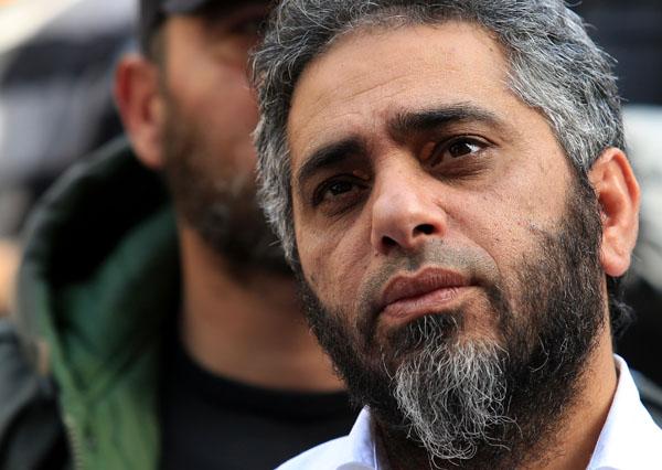 فضل شاكر ينفي حمله السلاح في وجه الجيش اللبناني
