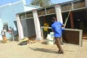 بالصور : سواعد طلابية تعمرّ منزل والي شرق دارفور الذي تعرض إلى حريق !
