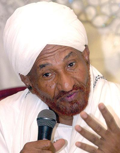 """نشطاء يردون على """" المهدي """" : هل خرج عبدالرحمن والبشري لتخرج جموع الشعب السوداني !!"""