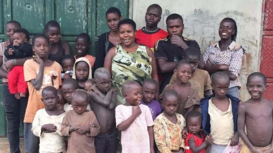 La femme la plus fertile du monde a 44 enfants alors qu'elle n'a que
