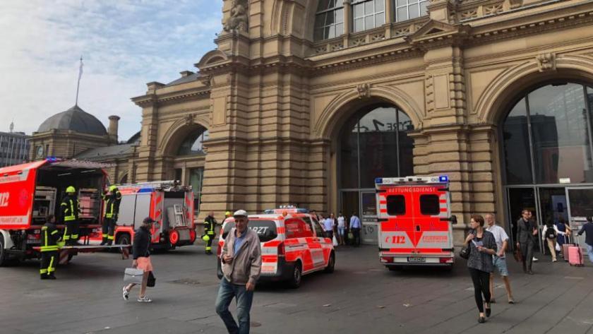 Un enfant de 8 ans poussé et tué par un homme à l'arrivée d'un train à Francfort