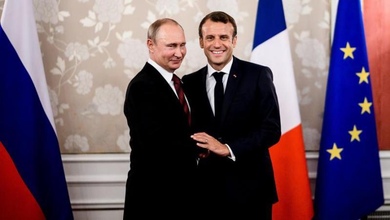 Emmanuel Macron évoque un «sommet à quatre sur l'Ukraine» lors de son entretien avec Poutine