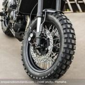 prepa-yamaha-xsr900-monkeebeast-wrenchmonkees-pneu