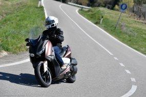 Yamaha X-Max 300 : aussi ludique qu'utile