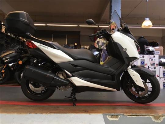 Yamaha X-Max 300 - 0