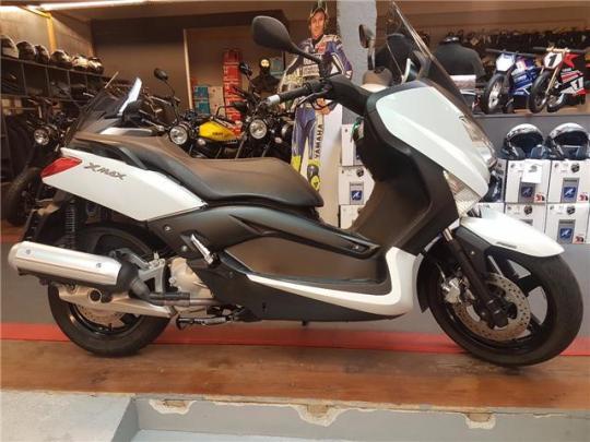 Yamaha X-Max 125 - 0