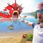 Youtube stjarna veiðir Pokémon í Bláa lóninu