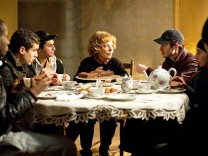 """Paulette"" in der SZ-Cinemathek: Großmutters Stoff"