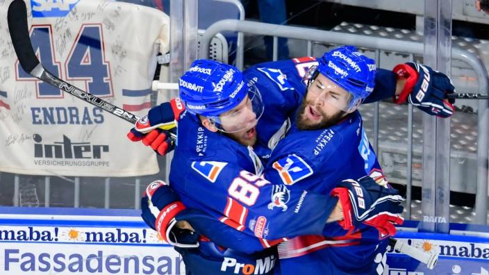 Eishockey Adler Mannheim Gewinnen Achte Meisterschaft Sport Sz De