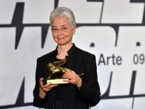 Kunstpreis: Adrian Piper erhält den Goslarer Kaiserring
