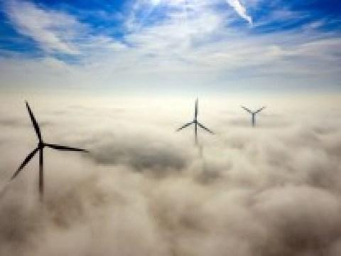 Erneuerbare Energien: Anteil fossiler Energie stagniert seit zehn Jahren