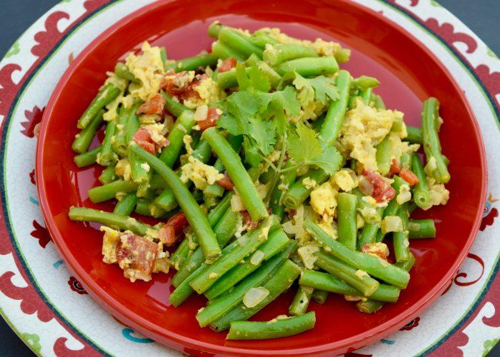 Habichuelas con Huevo (Honduran-Style Green Beans with Eggs)