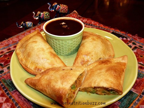 Wholegrain Baked Samosa Stuffed With Sweet Potatoes & Peas #SundaySupper