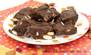 Healthy Chocolate Bars with Fruit & Nut