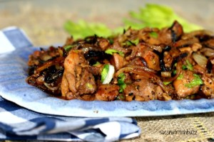 Pepper Chicken with Caramelized Onion