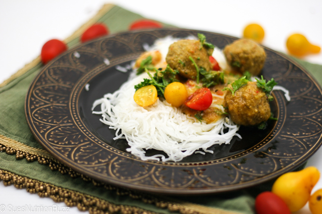 Coconut Chicken Curry Meatballs
