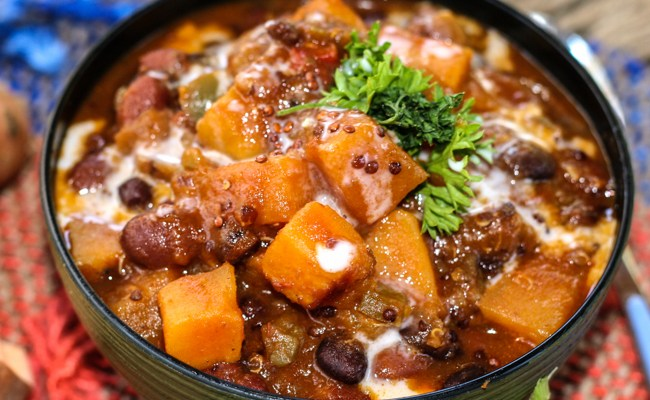 Sweet Potato Quinoa Chili #SundaySupper #GlutenFree