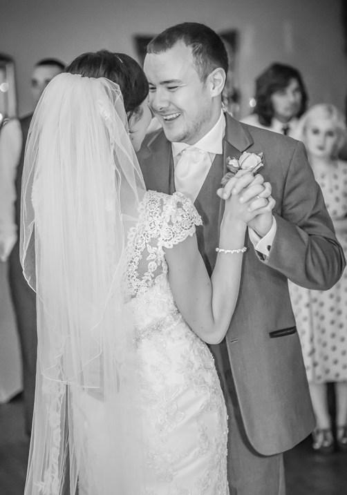 doxford-hall-wedding-first-dance