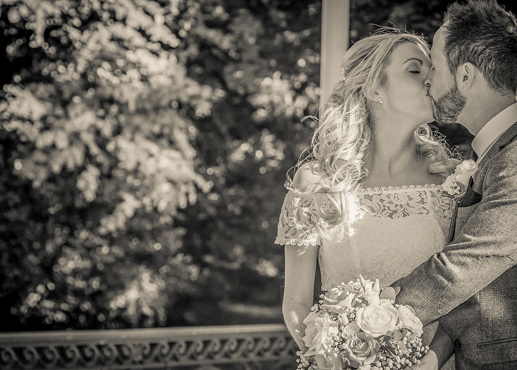 black white wedding photography