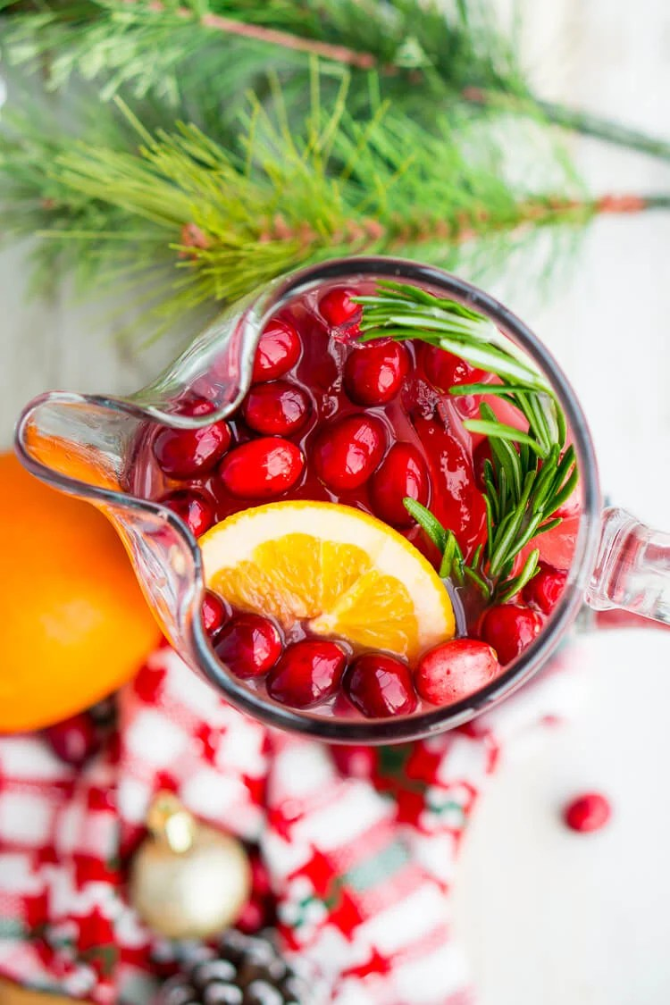 Christmas Punch Recipe for Holiday Parties!