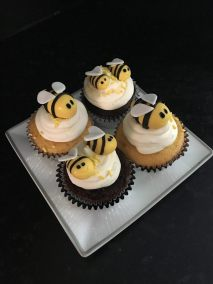 bee-cupcakes-1