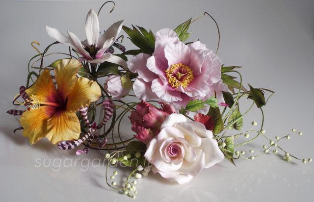 Sugar flowers composition