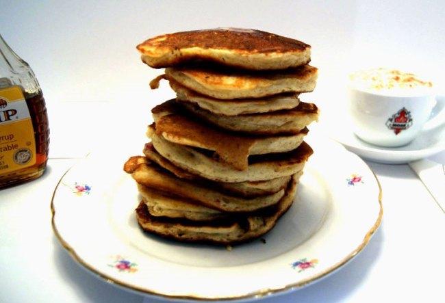Berry Sour Cream Pancakes