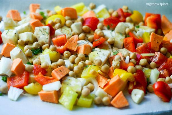 http://www.sugarlovespices.com/chunky-potato-leek-soup/