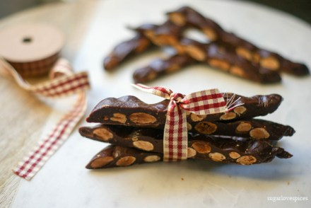 Maria's Chewy Chocolate Almond Bark