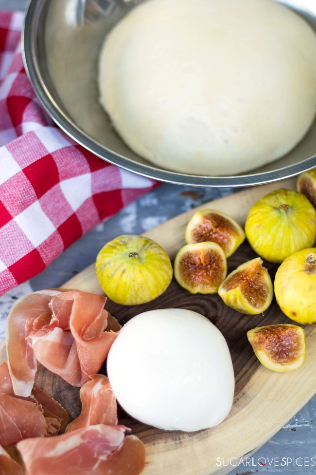 Pizza bianca with Figs and Prosciutto