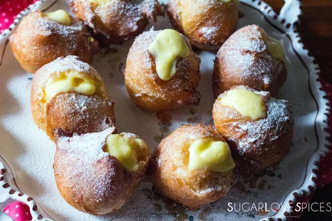 Bignè di San Giuseppe Tradizionali Fritti-St. Joseph's Day Traditionl Deep Fried Cream Puffs with lemon custard