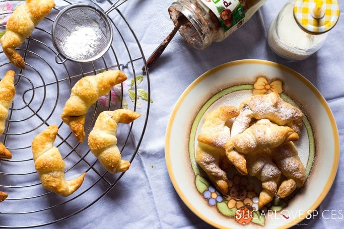 "Hazelnut and Vanilla Puff Pastry Mini Croissants-an easy snack, these ""cheater's croissants"""