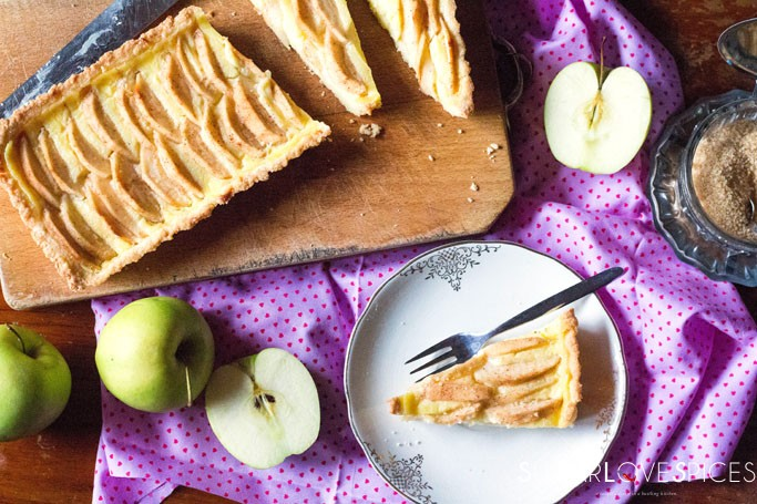 Crostata Mele e Crema-Apple and Pastry Cream Crostata