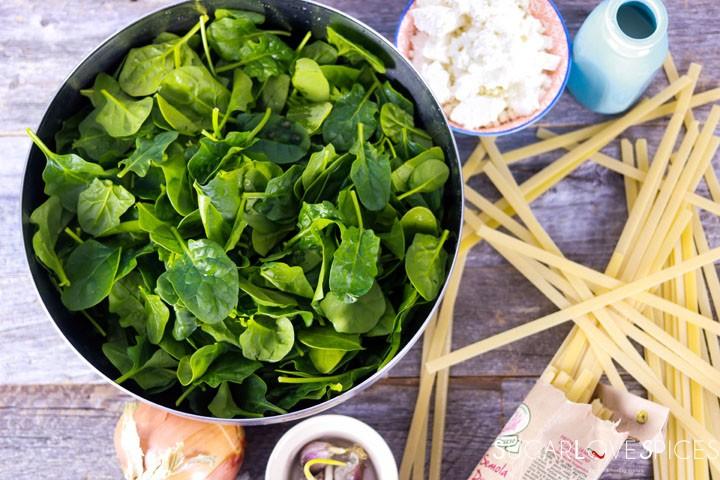 fettuccine alla greca-spinach in the pan