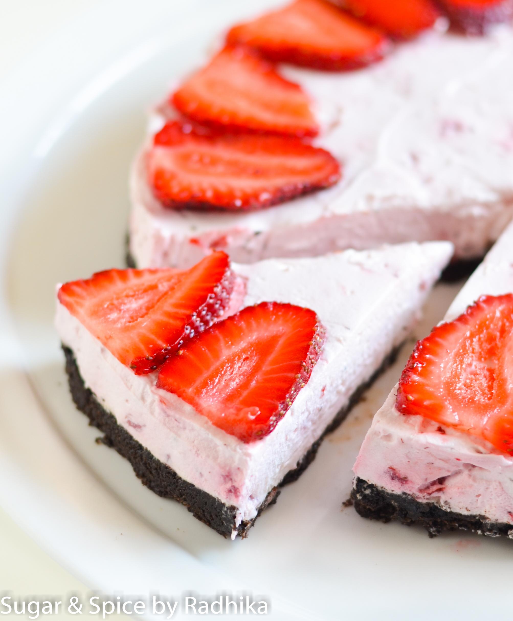 Strawberry and Oreo Cheesecake