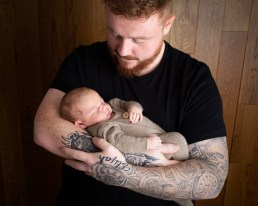 newborn photography dudley west midlands baby photography dad photo
