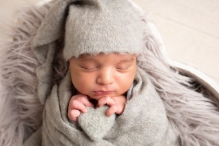 heart felty snuggly sleepy hat newborn photography dudley west midlands