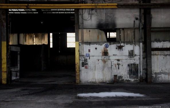 Fabrik im Hafen 13 - SugarRayBanister