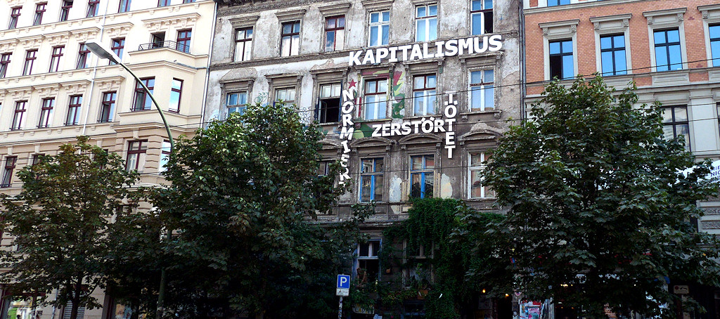 Prenzlauer Berg: Kapitalismus normiert zerstört tötet